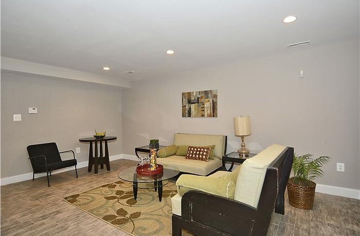 1556 3rd_Web_Lower-Level-Family-Room_21-700x460