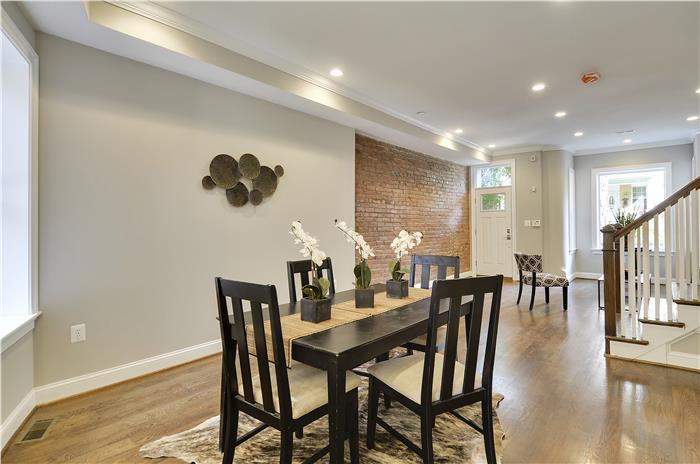 Main Level-Dining Room-_DSC3337