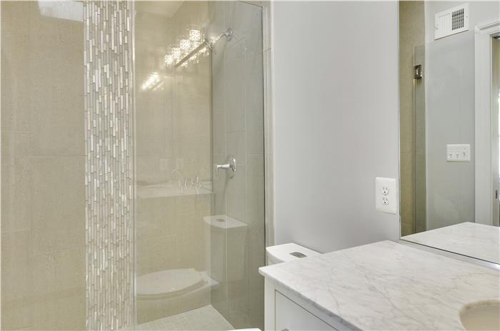 Upper Level-Master Bath-_DSC3272